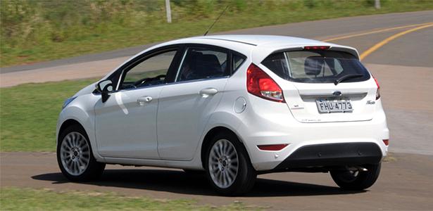 ford-new-fiesta-titanium-powershift-1366420353506_615x300
